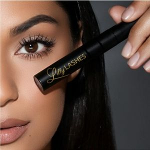 Lilly Lashes triple x mascara in black